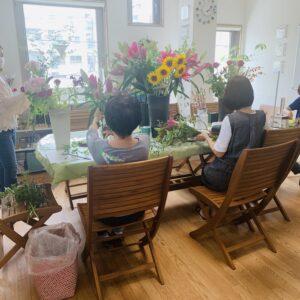 神奈川県横浜市金沢区の花屋が教えるお花教室